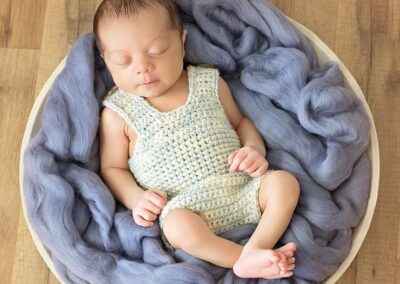 Simple Crochet Newborn Onsie