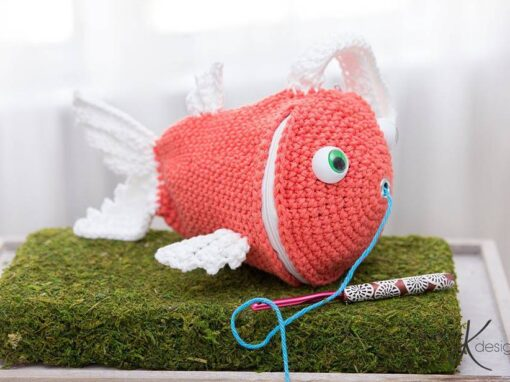 Fish Wristlet Yarn Holder Bag