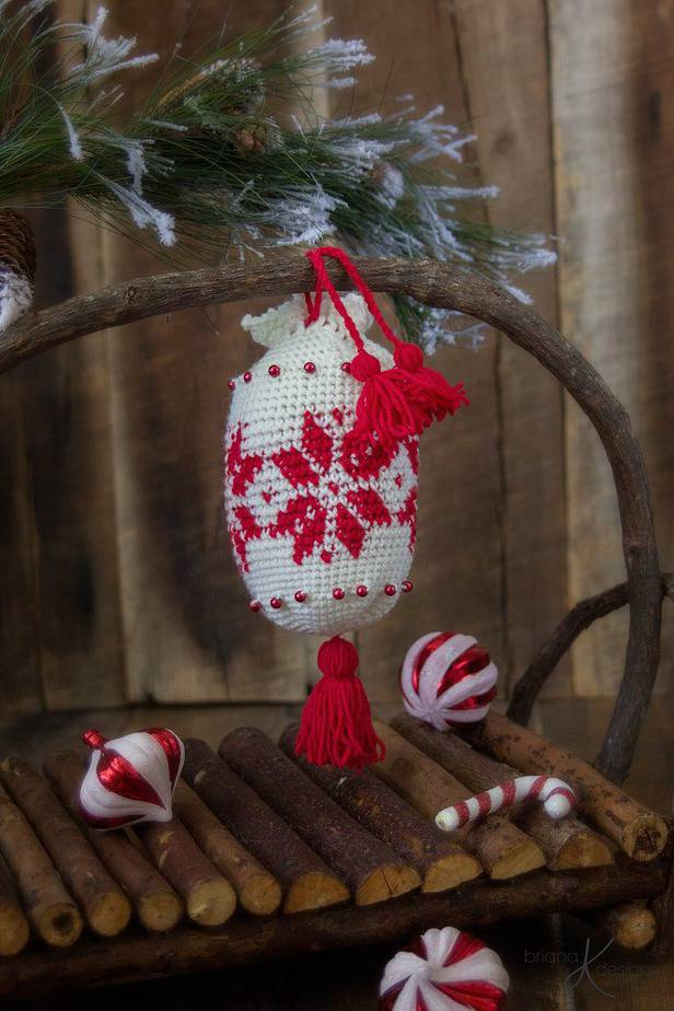 Holiday Crochet Ornament Essential Oil Satchel by Briana K Designs