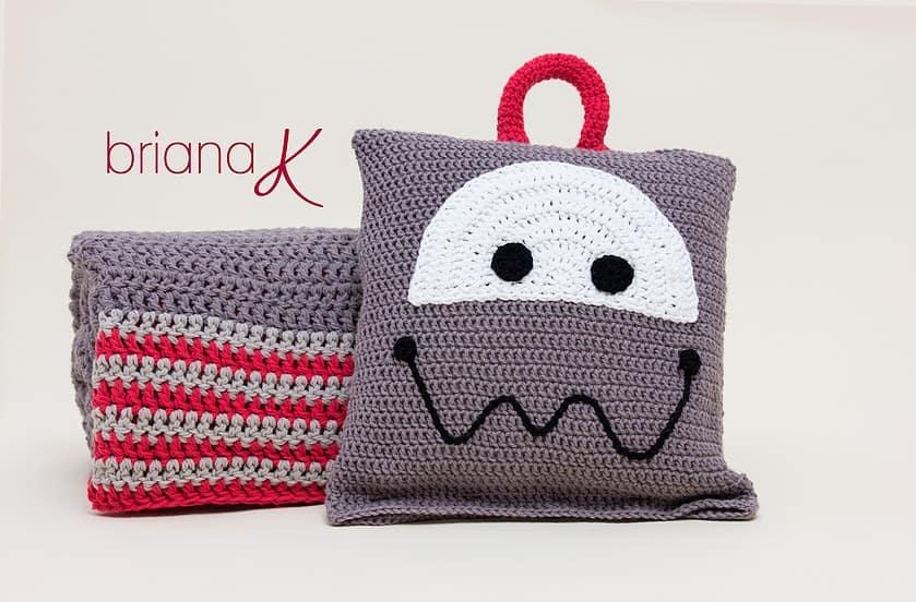 Robot Sleeping Bag (Blanket & Pillow)