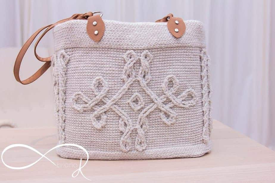 Infinity Crochet Cable Handbag