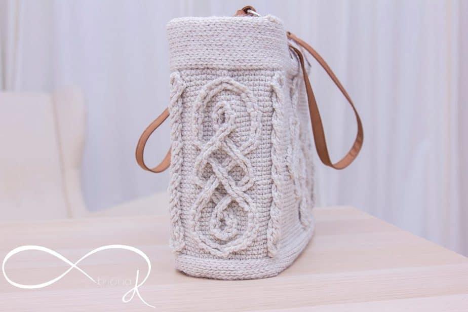 Infinity Crochet Cable Handbag