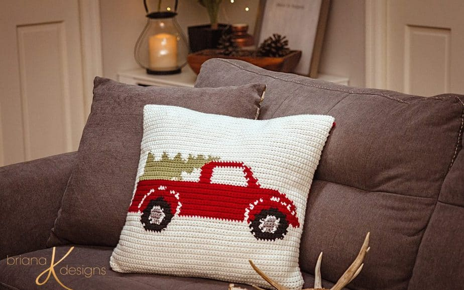 Farmhouse Truck Crochet Pillow – Free Pattern