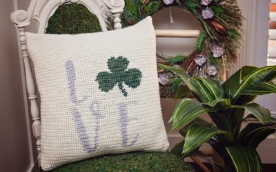 St. Patrick's Crochet Shamrock Pillow Cover- Free Pattern