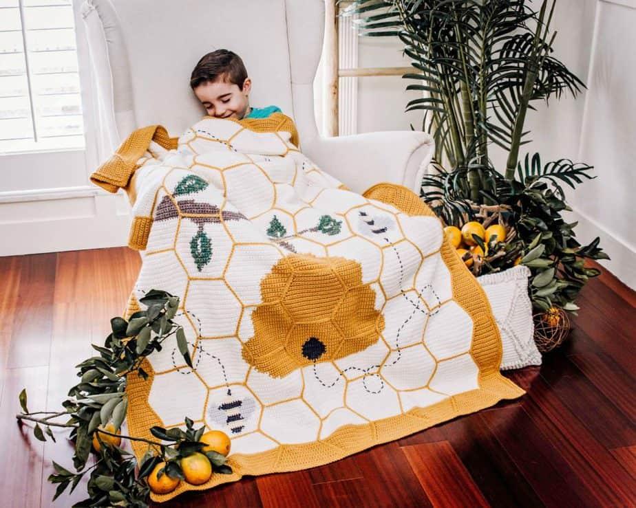 Crochet Blanket Bee
