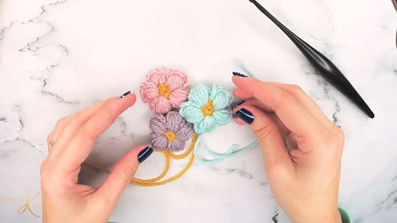How to Crochet the Puff Flower